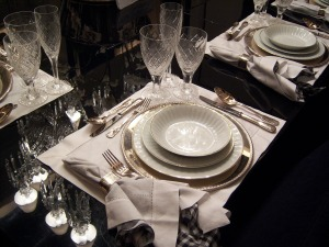 Nice Place Setting dining, entertaining- MJD